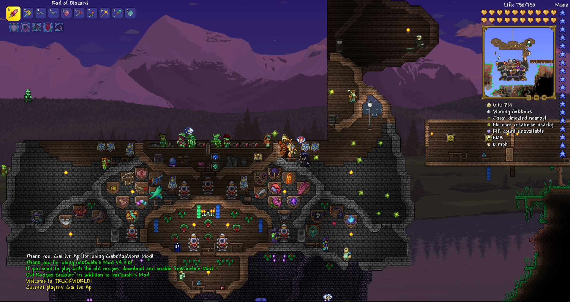 Large chunk of house doesn't load in multiplayer (modded) : Terraria